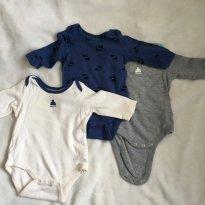 3 bodys GAP 0-3 meses azul, cinza e creme - Lindos! - 0 a 3 meses - Baby Gap
