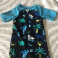 Macaquinho Lycra UV Old Navy - 3 a 6 meses - Old Navy