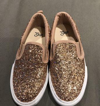 Sapato brilhoso - 26 - GAP