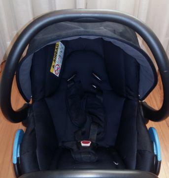Bebê Conforto com Base StreetyFix Inclusa - Sem faixa etaria - Bebé Confort