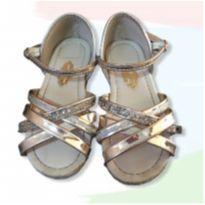 sandalia ouro - 23 - Molekinha