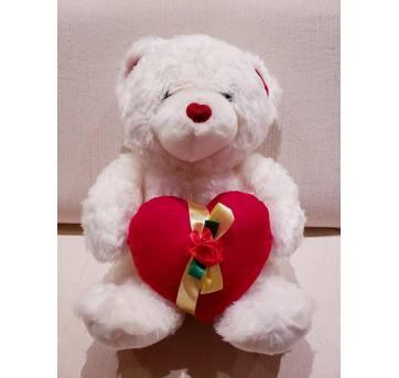 Urso de pelúcia grande com coração - Sem faixa etaria - Não informada