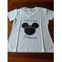 Camiseta mãe de uma princesa - G - 44 - 46 - Não informada