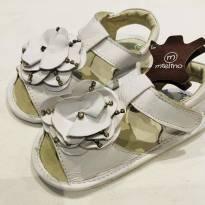 Sandália em couro com strass da marca Mielino. Tam. 22 - 22 - Mielino