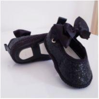 Sapato Preto Brilhante - 02 - yoyo Baby