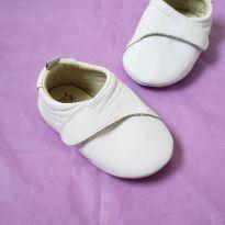 Sapato branco - 17 - Catz