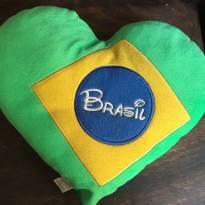 Almofada de Coração Brasil