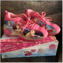 Tênis de Rodinha Disney Princesas - Número 34 - 34 - DTC