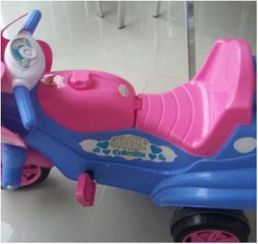 Motoca Calesita Max - Cor Rosa e Azul - Menina - Sem faixa etaria - Calesita