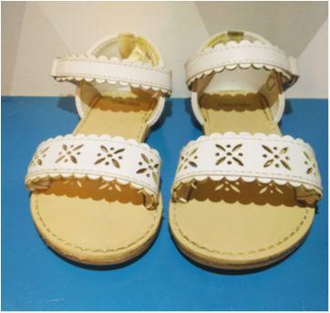 Sandália branca Gymboree - 20 - Gymboree