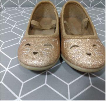Sapatilha glitter dourada Carter`s - 21 - Carter`s