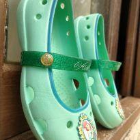 Sapatilha Crocs Princesa Ariel - 27 - Crocs