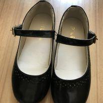 Sapato preto Piuí - 26 - Piuí