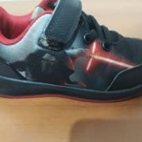 af9a2ca1656 Tênis Adidas infantil star wars tamanho 23 para menino ou menina   Tamanho  23   R  70