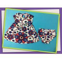Vestido florido com calcinha - 6 a 9 meses - PUC