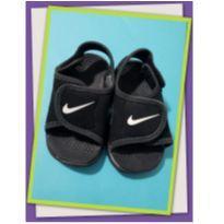 Sandália preta - 19 - Nike