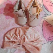 Botinha rosa fofa + Boina de brinde - 16 - Não informada