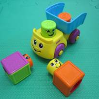 [Fisher Price] Caminhão com blocos sorridentes! Empilha e levanta a carroceria -  - Fisher Price