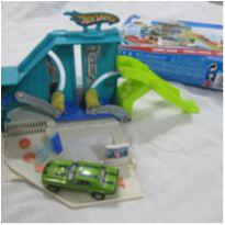 [Hot Wheels] Mini pista Turbo Wash -  com 1 carrinho -  - Mattel