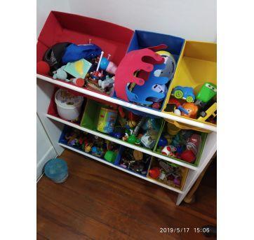Organizador de brinquedos colorido - Sem faixa etaria - Não informada