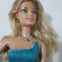 Boneca Barbie articulada Vestido azul -  - Mattel