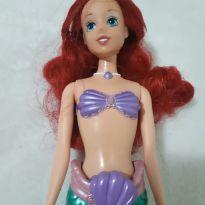 Boneca Ariel Importada com cauda articulada e nada de verdade -  - Mattel