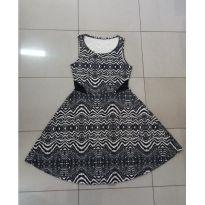 Vestido preto e branco rodado - PP - 36 - Não informada