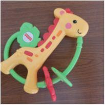 Mordedor girafa fisher price. Também serve de chocalho -  - Fisher Price