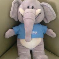 Elefante da coleção Filhotes da Nestle -  - Nestlé