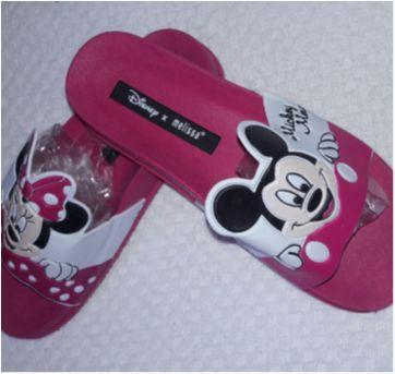Par de Chinelos Disney Minie Mouse Melissa - 32 - Não informada ( Replica)