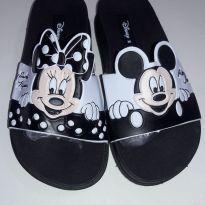 Par de Chinelos Minie Mouse Disney Melissa - 28 - Não informada ( Replica)