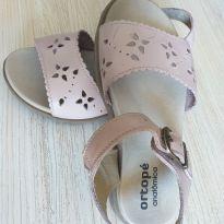 Linda sandália rosa - 26 - Ortopé