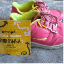 Tênis de rodinha rosa Ortopé - 29 - Ortopé