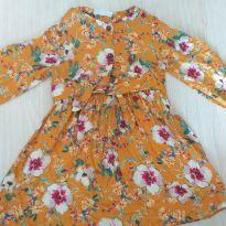 Vestido Zara mostarda flores - 6 anos - Zara