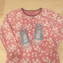 Blusa rosa estampa tênis com flores Alphabeto - 4 anos - Alphabeto