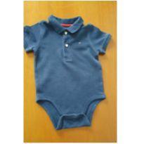0702- body azul Tommy hilfiger - 6 a 9 meses - Tommy Hilfiger