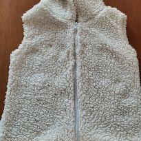 0728- colete branco de pelo - 5 anos - Sem marca