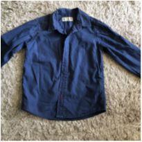 Camisa Zara azul marinho tamanho 4/5