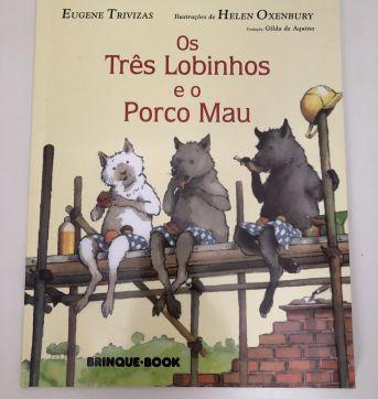 Livro: Os Três Lobinhos e o Porco Mau - Sem faixa etaria - Brinque-Book