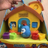 Brinquedo de encaixe fazendinha da galinha pintadinha