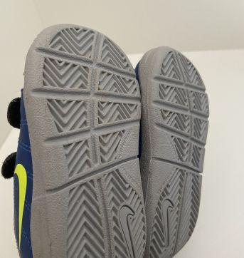 Tênis Nike tamanho 19 - 19 - Nike