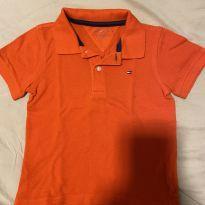 Camiseta polo Tommy Hilfiger tamanho 4
