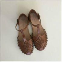 Sandália de couro zara - 33 - Zara