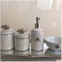 Kit higiene tema avião folha de prata -  - Lacinho Moda & Design