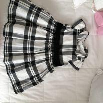 Vestidinho carters xadrez branco e preto - 12 a 18 meses - Carter`s