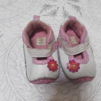 Sapatilha de menina Branca e rosa e de bolinhas com velcro - 18 - RISING STAR - Importado