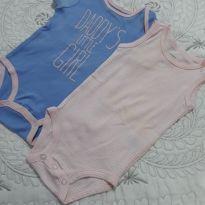 Kit com 2 Bodys, 1 regata rosa listrada e outro azul com rosa (pequena menina do - 3 a 6 meses - Carter`s