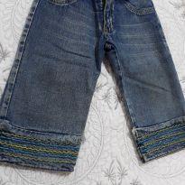 Calça jeans, com elastico atras na cintura, e com aplicação de bordados na barra - 3 anos - Brunisa