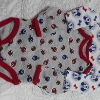 Kit com 2 Bodys da Disney de mickey e outro com estampa futebol americano - Recém Nascido - Disney baby