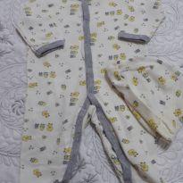 Body amarelo claro com pintinhos na estampa e acompanha toquinha - 3 meses - Vitamins Baby